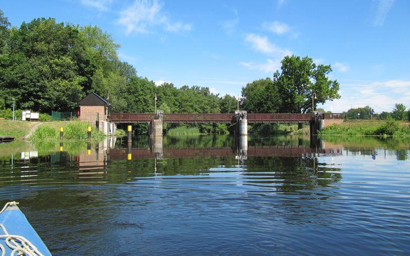 """10. Etappe """"66-Seen-Wanderweg"""": Höhepunkte und große Steine"""