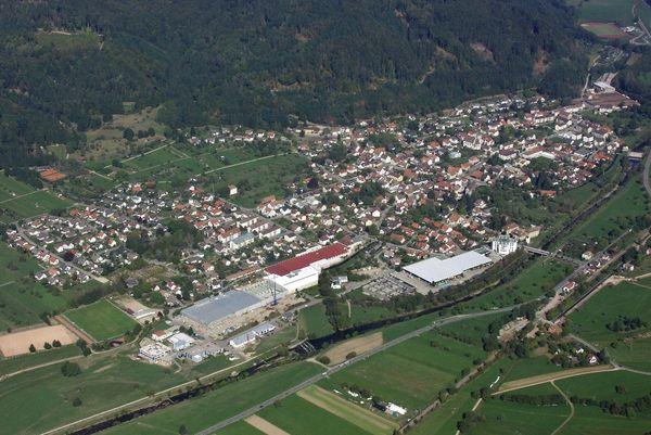 Luftaufnahme von Hausen im Wiesental