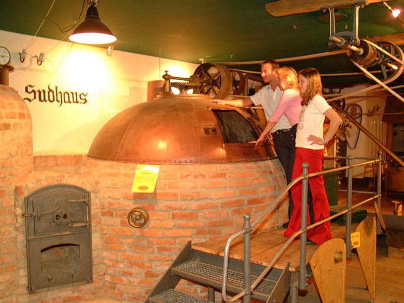 Erfahren Sie interessantes über das Brauen im Dinkelbier-Brauereimuseum in Hauzenberg