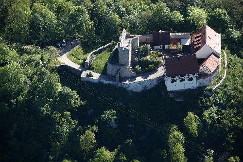 Burg Derneck in Hayingen - Bild 1