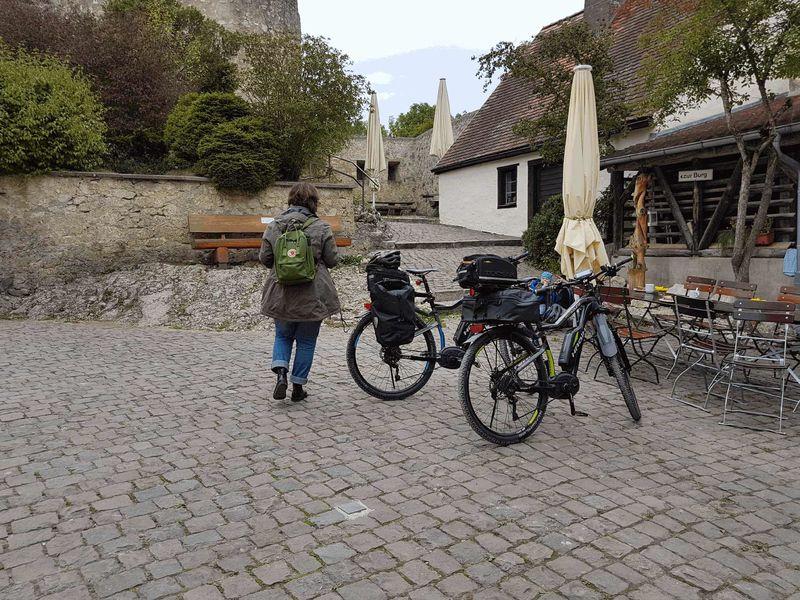 E-Bike Akku-Ladestation - Bild 1