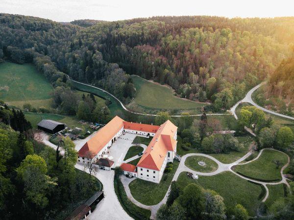 Schloss Ehrenfels in Hayingen