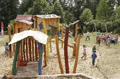 Spielplatz - Bild 1