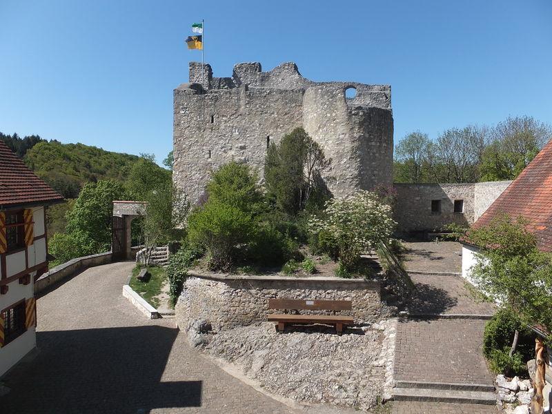 Wanderheim Burg Derneck mit Burgschänke - Bild 10