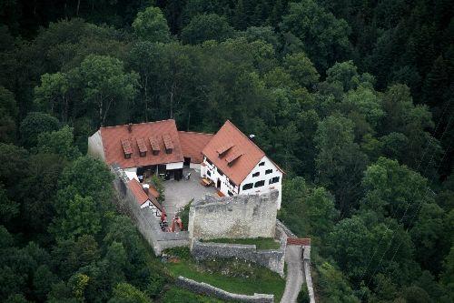 Wanderheim Burg Derneck mit Burgschänke - Bild 3