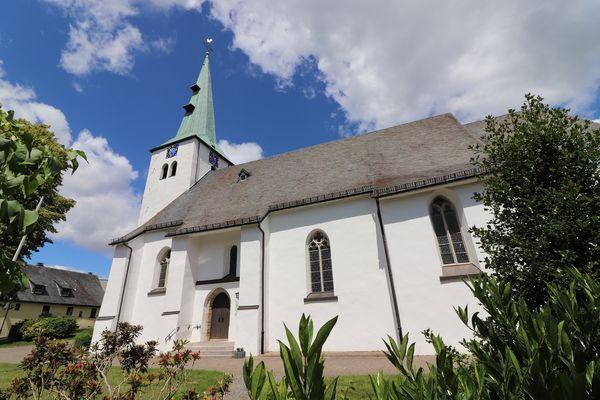 Die Apostelkirche in Herscheid