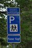 Verkehrszeichen zum Wanderparkplatz