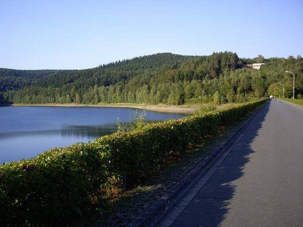 Staudamm Breitenbachtalsperre