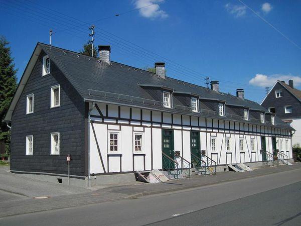 Arbeiterhäuser in der Müsener Straße 12-18