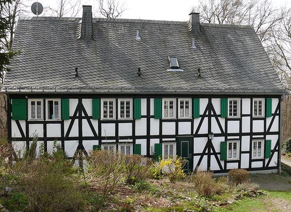 Hammergewerkehaus bei der Ginsburg