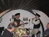 Brüder Beume beim Musizieren im Gewölbekeller des Gasthauses Pampeses