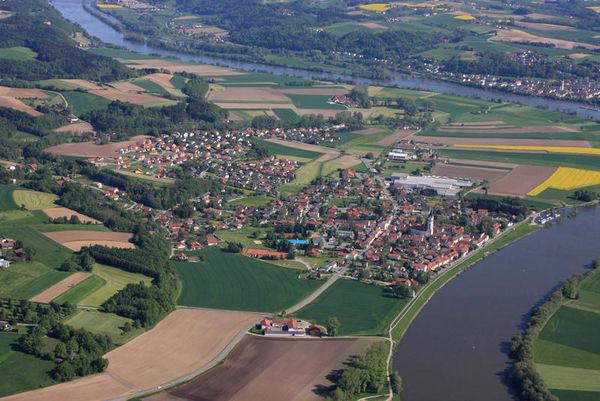 Hofkirchen im Donautal