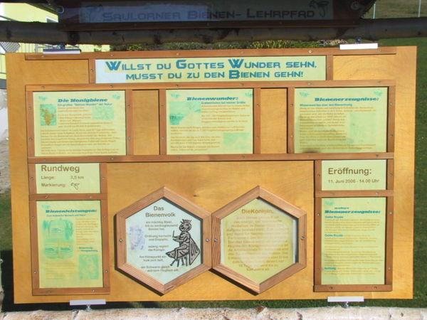 Wissenswertes über Bienen erfahren Sie am Saulorner Bienenlehrpfad bei Hohenau