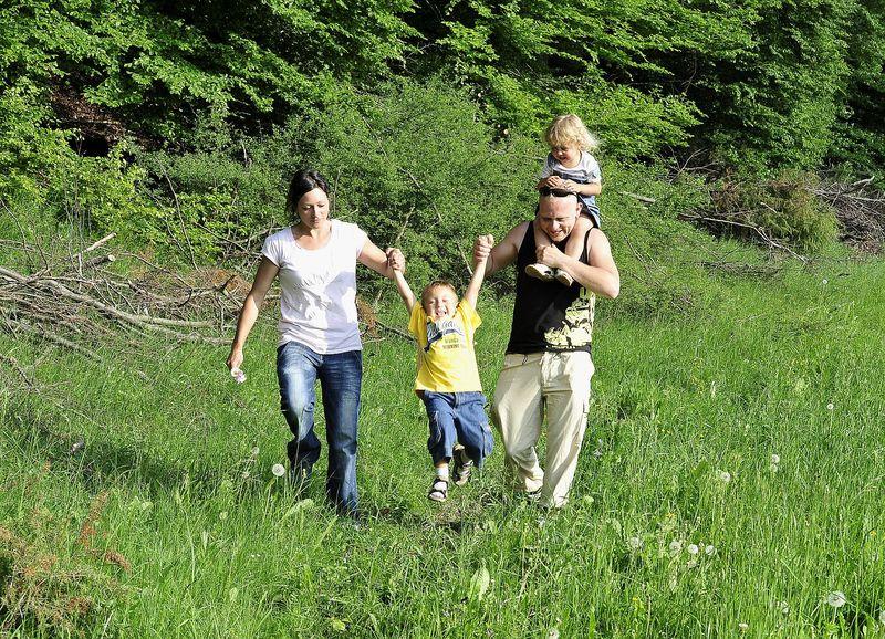 Viel Spaß für die ganze Familie im Naturerlebnispfad Häulesrain