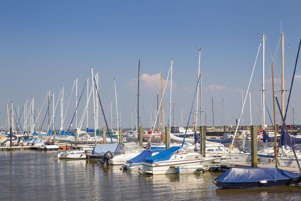 Liegepplätze im Yachthafen Horumersiel