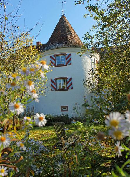 """Der mittelalterliche Wehrturm am """"Süßen Winkel"""" ist eine der bedeutesten Sehenswürdigkeiten der Stadt."""