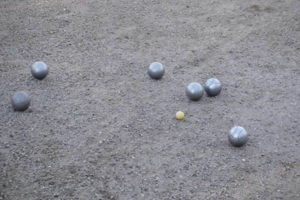 Boule im Schlosspark Husum