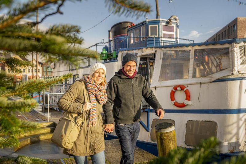Weihnachtliches Bummeln am Husumer Hafen