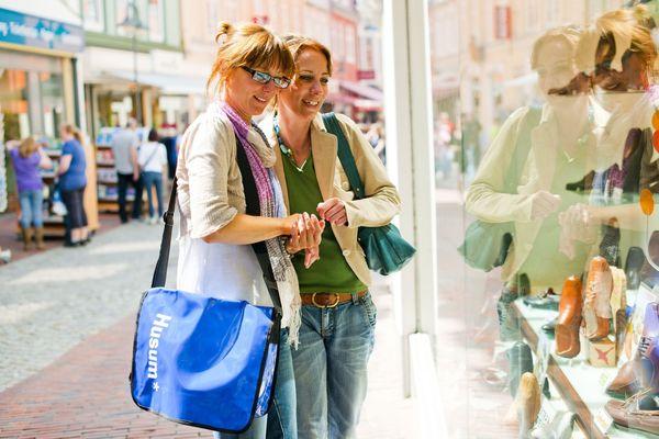 Shopping in der Husumer Krämerstraße