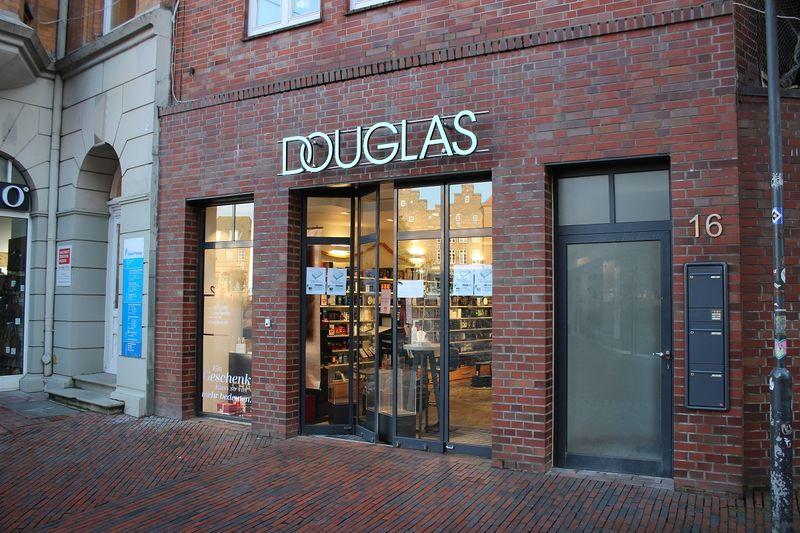 Geschäft Douglas in der Husumer Krämerstraße