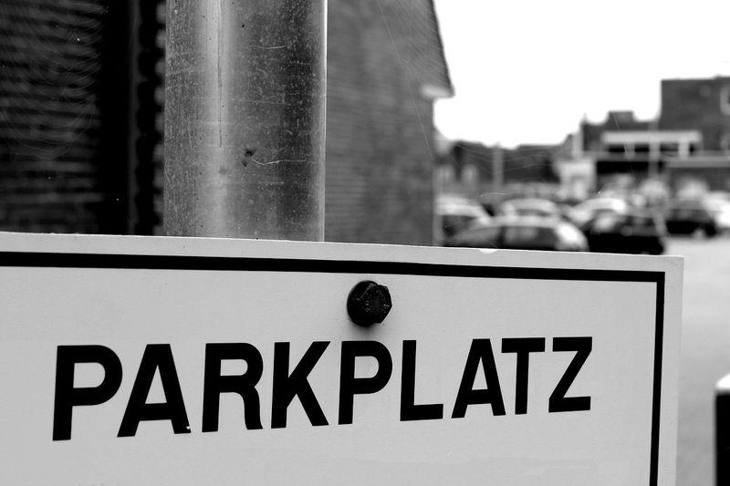 Symbolbild für Parkplatz am Kreishaus Nordfriesland