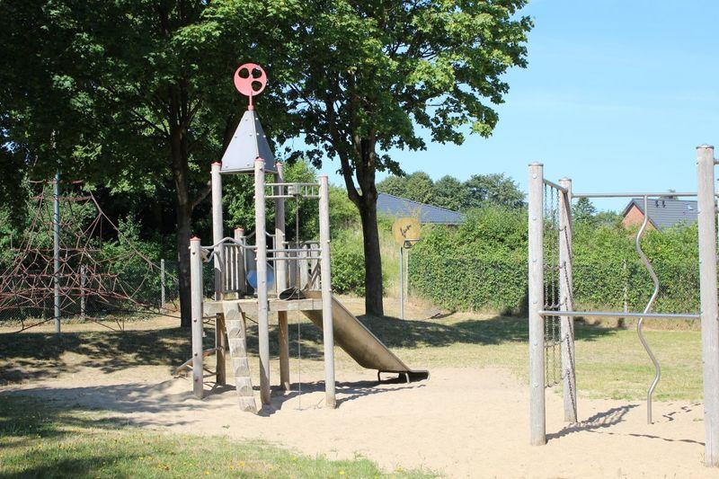 Spielplatz Anna-Ovena-Hoyer-Straße