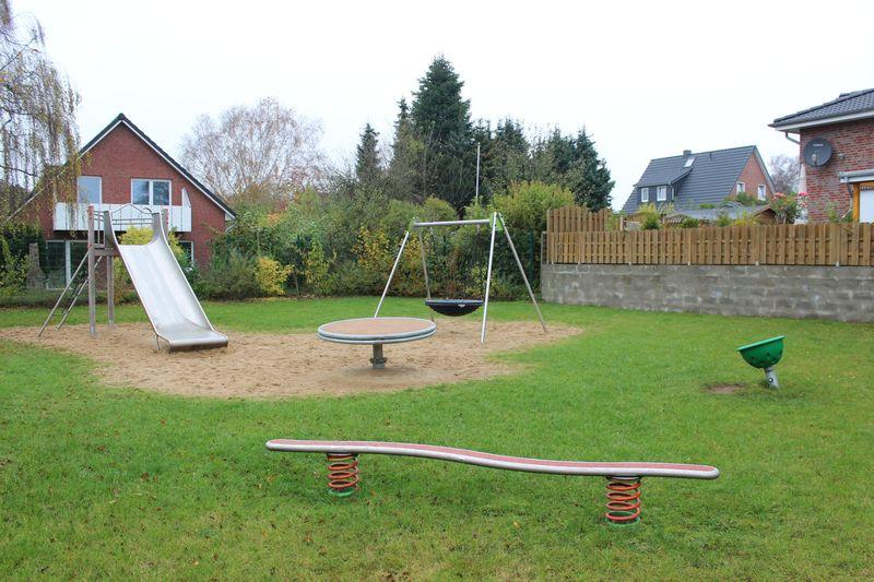 Spielplatz Groeder Weg in einer gemuetlichen Lage