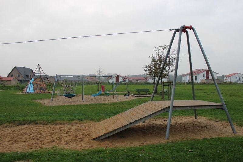 Klettergerüst Schlosspark Herten : Spielplatz margarete böhme straße husum tourismus