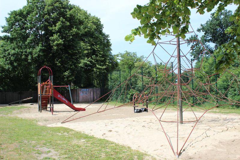 Spielplatz Totengang