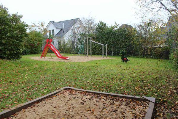 Spielplatz Wacholderweg mit Sandkiste