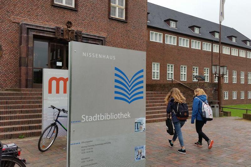 Stadtbibliothek im Nissenhaus