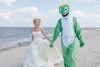 Kreative Hochzeitsforografie am Strand von Schillig