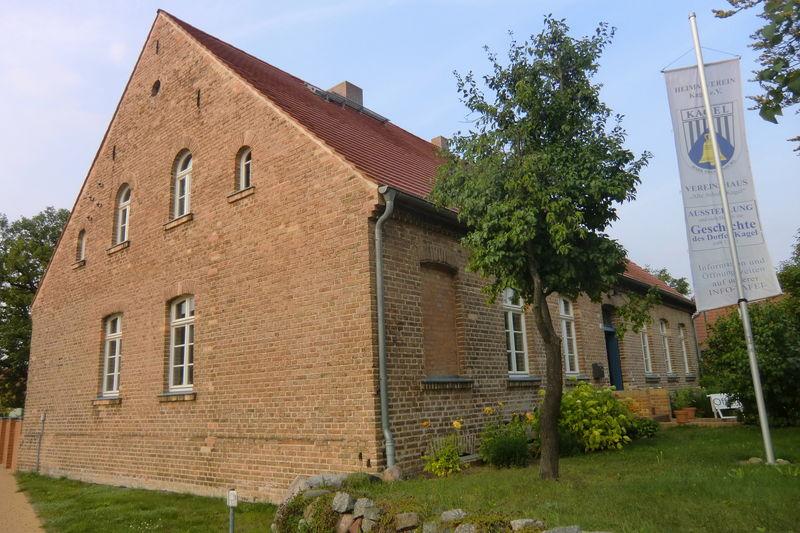 Alte Schule Kagel, Foto: Turowski