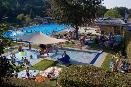 piscine ext rieure chauff e urlaubsland baden w rttemberg. Black Bedroom Furniture Sets. Home Design Ideas