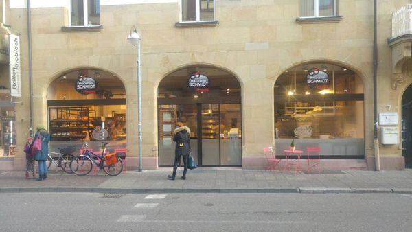 Ladengeschäft von außen