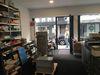 Unsere »Werkstatt« mit umfangreichem Papiersortiment und leistungsfähigen Digitaldruckmaschinen.