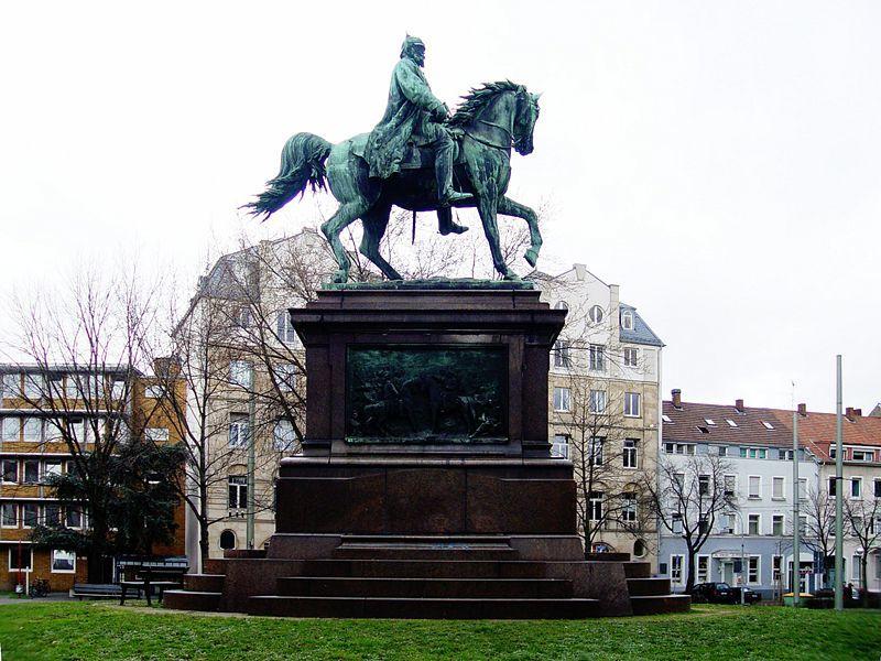 Kaiser Wilhelm Denkmal, Fotograf: Martin Dürrschnabel, ka.stadtwiki.net (Stadtwiki Karlsruhe)