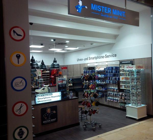 MISTER MINIT Karlsruhe Store Außenansicht