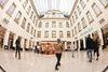 POSTGALERIE Karlsruhe Innenansicht des Haupteingangs, Historische Kaiserhalle
