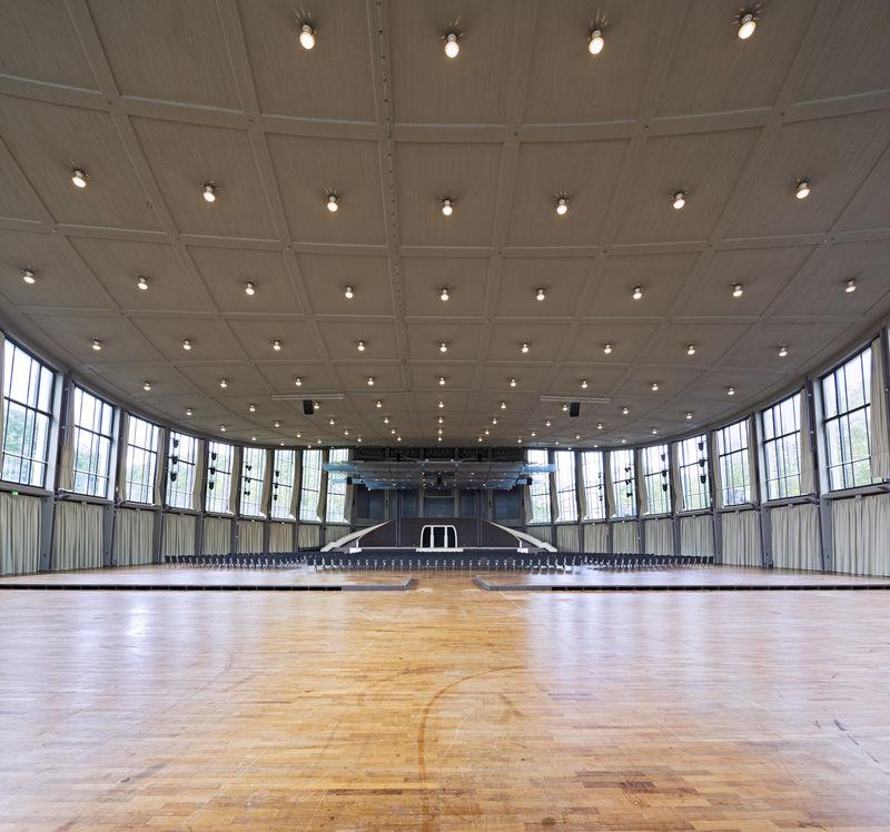 Schwarzwaldhalle Karlsruhe Parken