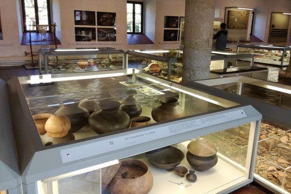 Dauerausstellung Archäologie im Archäologischen Museum Kelheim