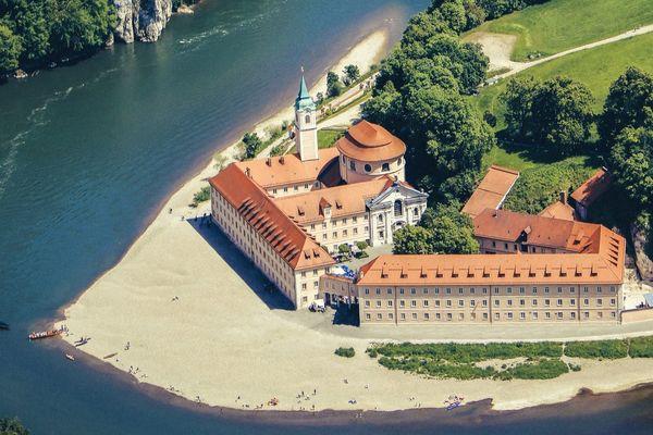 Kloster Weltenburg am Donaudurchbruch bei Kelheim