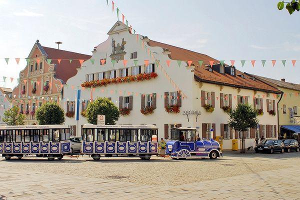 Mit der Ludwigsbahn Kelheim durch die Kelheimer Alstadt