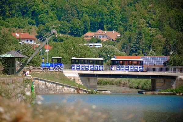 Ludwigsbahn Kelheim auf der Fahrt zur Befreiungshalle