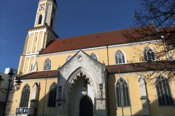 Stadtpfarrkirche Mariä Himmelfahrt in Kelheim