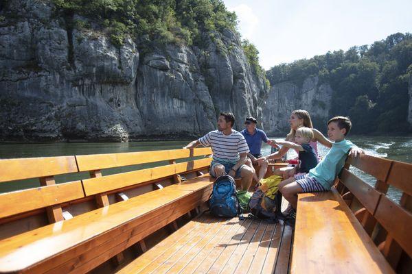 Zillenfahrt vom Kloster Weltenburg durch den Donaudurchbruch