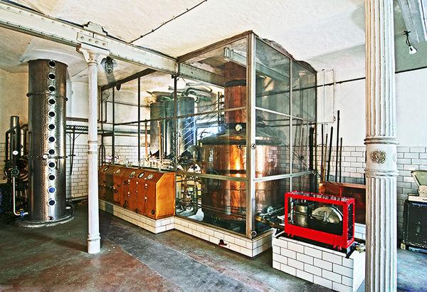 Innenansicht Historische Brennerei