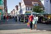 Wochenmarkt auf dem Marktplatz in Kirchheim unter Teck