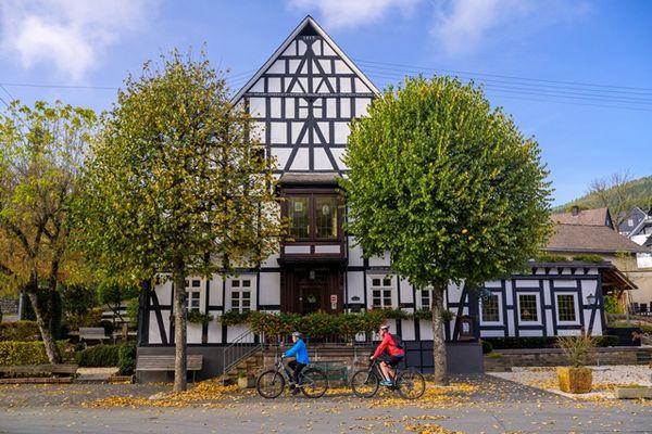 """E-Bike Verleihstation Gasthof """"Zu den Linden"""""""