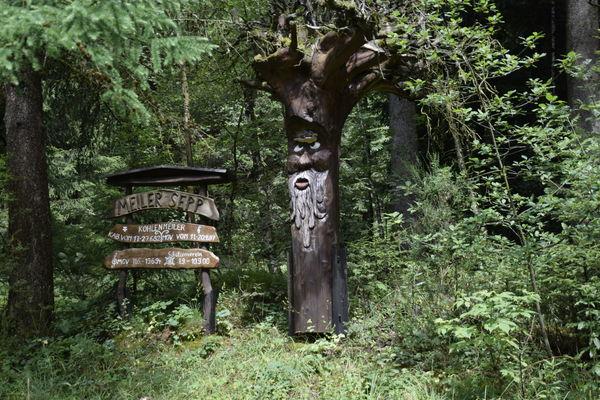 "Rahrbacher PoesieWeg - Verweil-Ort ""Ermutigung"""